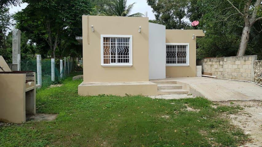 Casa privada turquesa