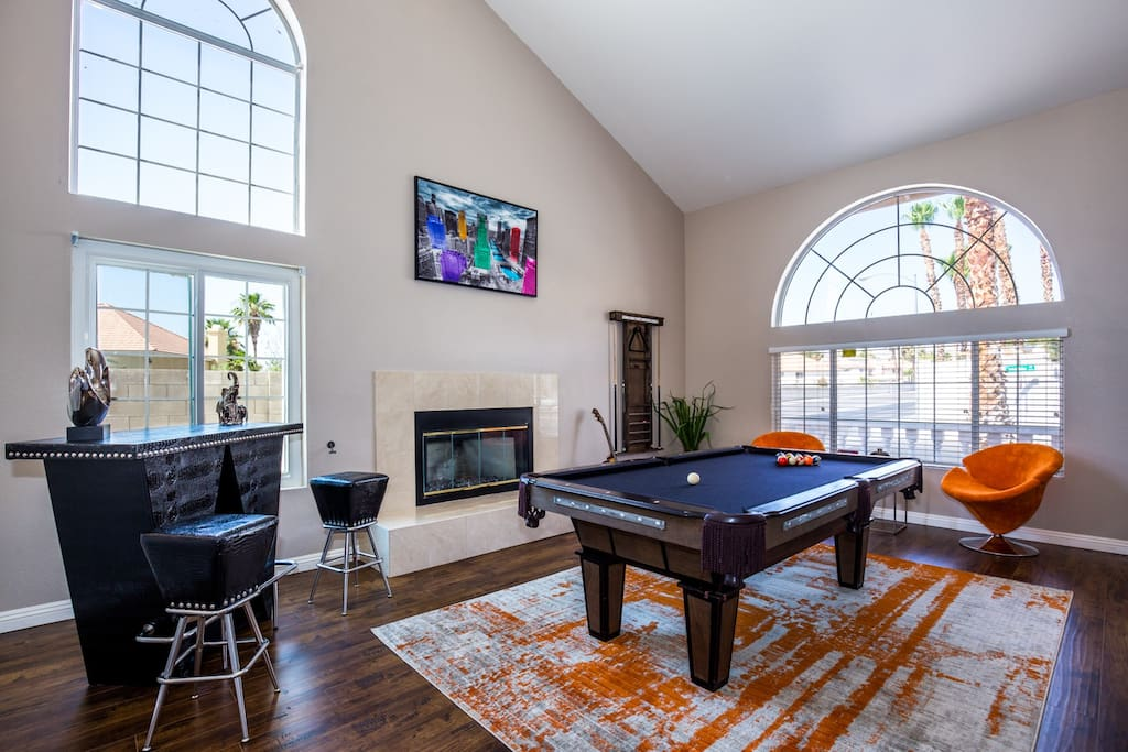 Front Game Room with Pool Table and Bar