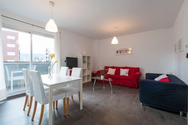 Buena conexión,Piscina,Párking,A/A en Urb. Novosur - Alhendín - Apartamento