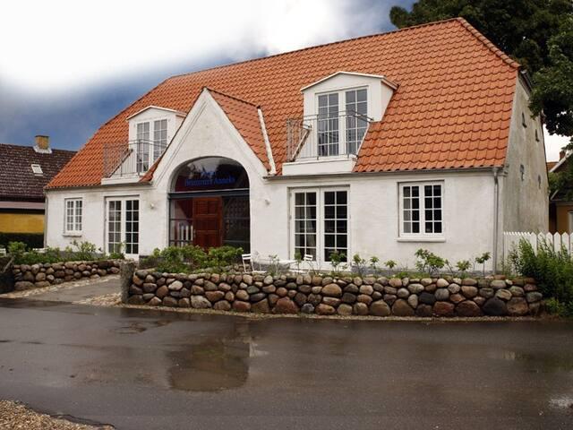 flotte suiter beliggende på Aarø  Lillebælts Perle - Haderslev - Bed & Breakfast