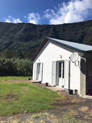 Charmante maison à Cilaos au coeur des montagnes