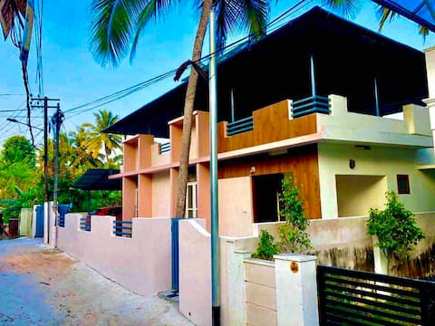 Furnished Independent House  for short term