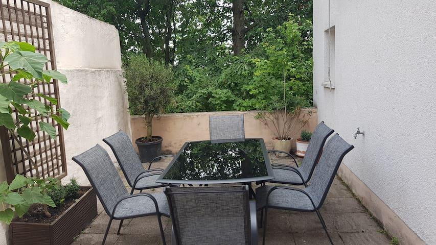 Rheinblick - 3 Zimmer - 4 Einzelbetten -Internet