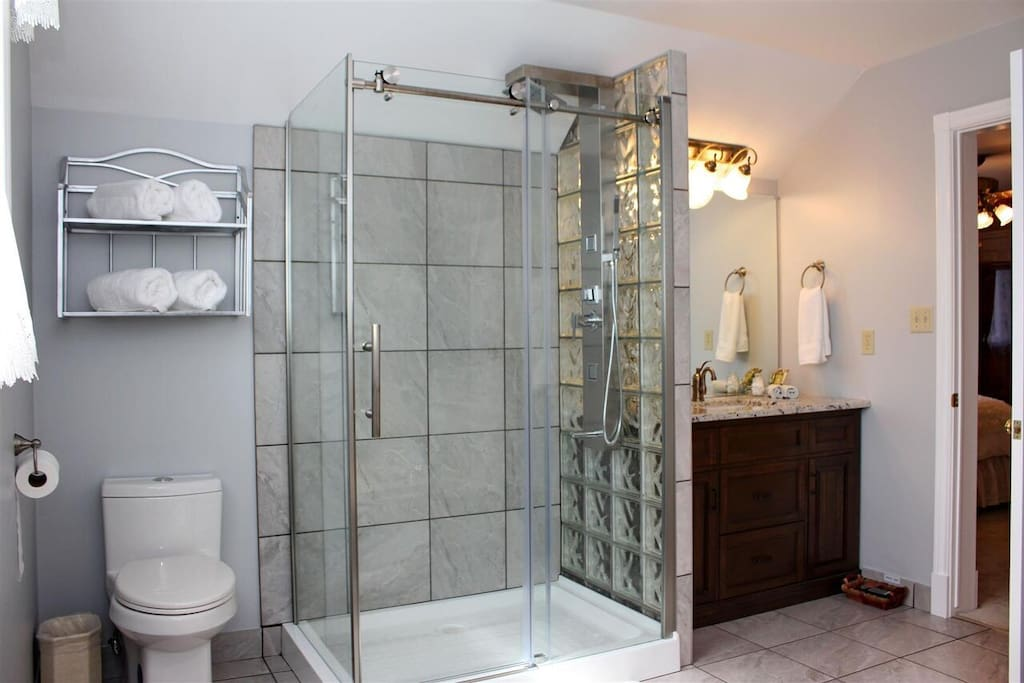 The RELAX en-suite bathroom