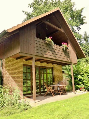 Haus am Wald / Wohnung EG