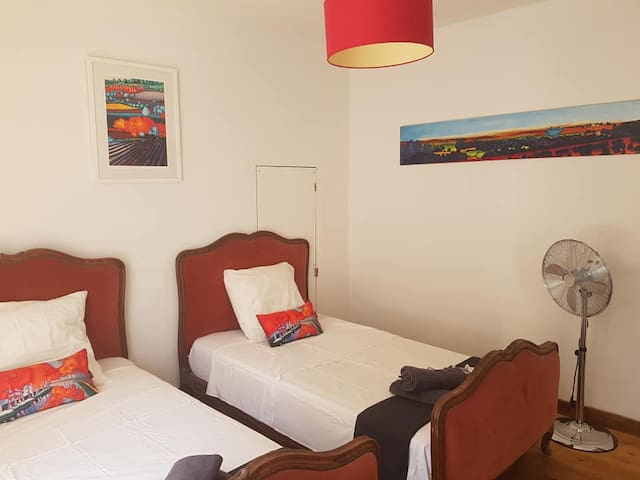 Double / Twin Room in Chic B & B in Azille