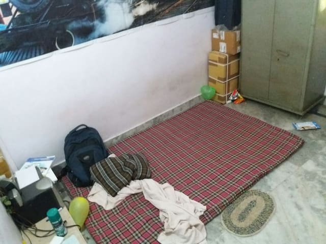 Separate Room in 2BHK flat - New Delhi - Huoneisto