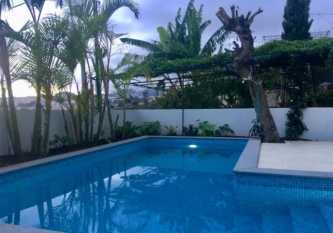 Rochinha house with  pool and fabulous view