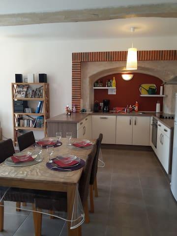 Gite La Terrasse de Marsanne (logement  2 pièces) - Marsanne - Pis
