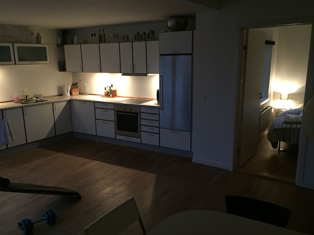 New yorker style apartment in the heart of town - Holstebro - Apartemen