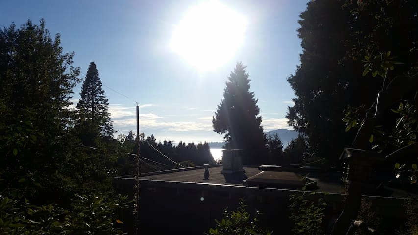 West Vancouver, View, EV Charger, Wifi