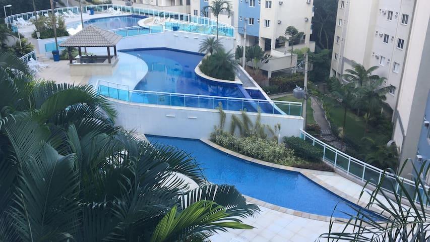 Lindo apartamento em Resort  - Porto Real Suítes