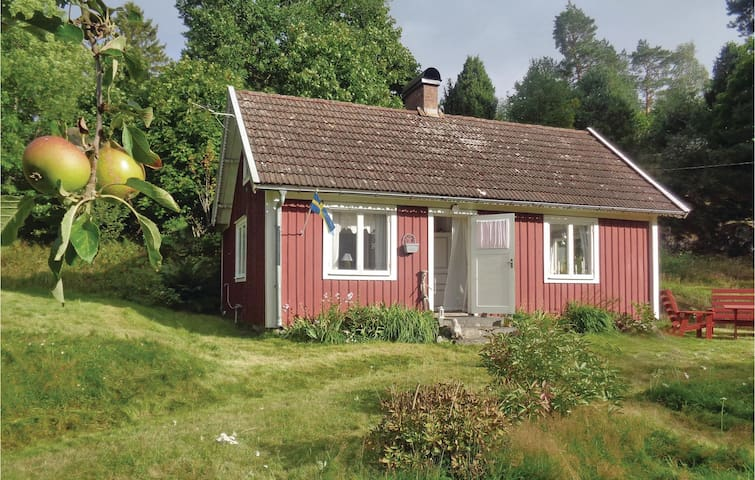 Former farm house with 1 bedroom on 65 m²