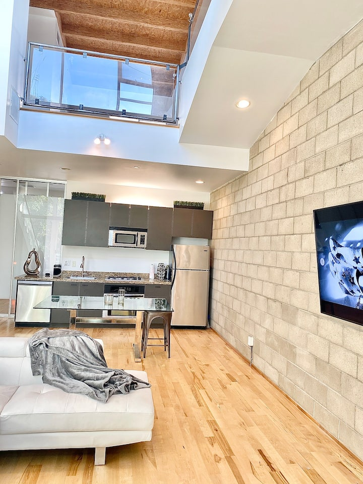 Luxury Loft on Melrose! Hollywood