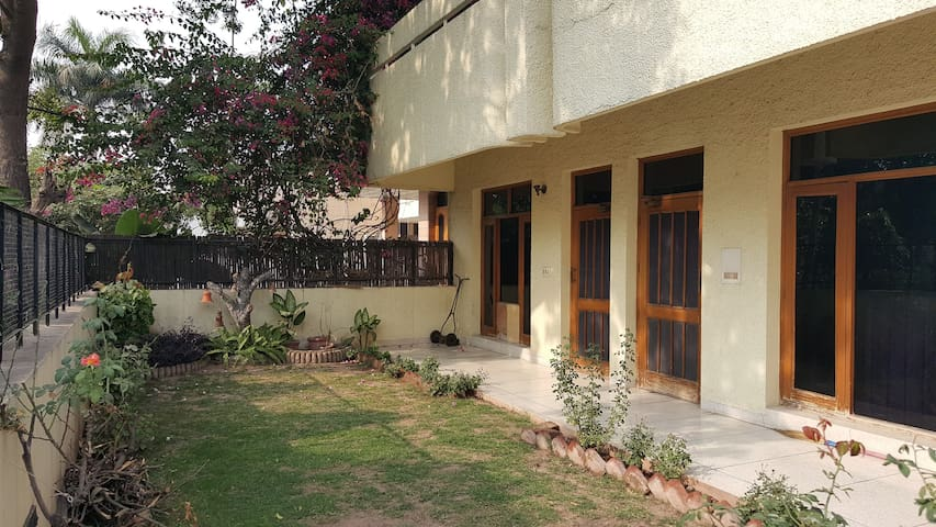 Independent 3 Bedroom Bungalow in Panchkula, (CHD) - Panchkula - Bungalo