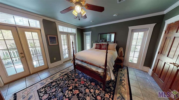 Room with separate entrance and sitting porch.