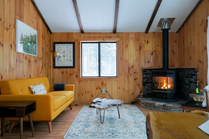 Midcentury chalet in the White Mountains