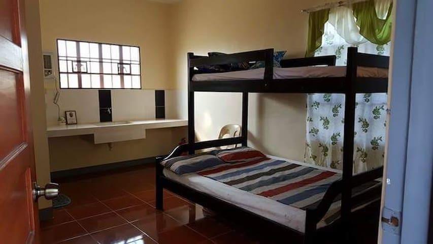 Krincess Apartelle Room 1 - Taguig - Betjent leilighet