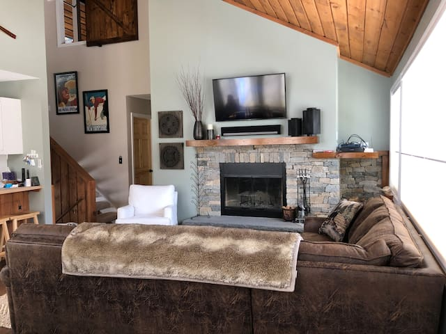 Newly Renovated, Spacious Village of Loon Condo