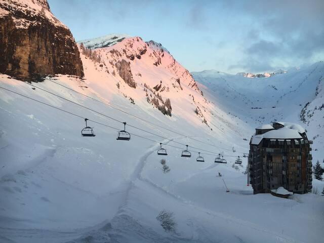 Apt pied des pistes,  chambre enfant, vue montagne