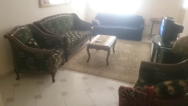 Ground floor appartment in Maamoura, calm area.