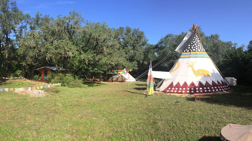 A Fun Glamping Jamboree for Family & Friends