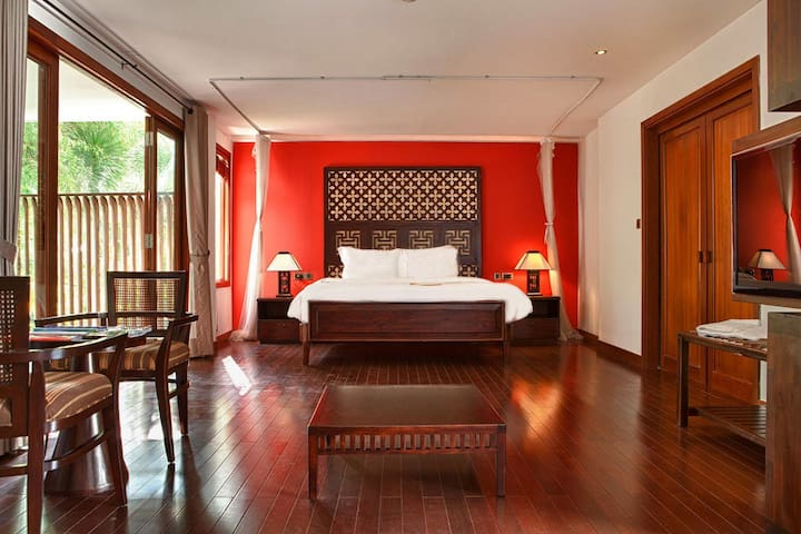 Wonderful Suite on Saigon River!