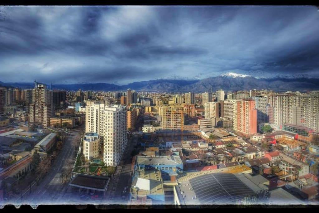 Vista desde el balcón hacia la cordillera de Los Andes