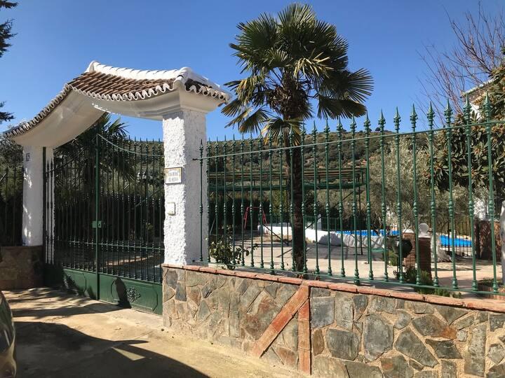 Casa Subbética Cordobesa.  Piscina privada y WI-FI