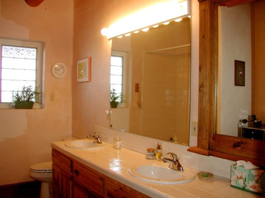 Both bathrooms with double sinks and tub/showers