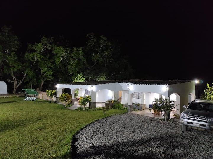 Recreo Campestre Vinos Casa Hacienda Huaral