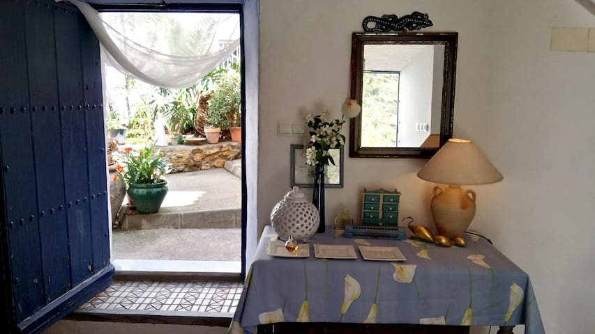 La Casita Azul - Casa típica andaluza.