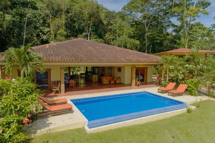 Luxury ocean view home in Dominical Costa Rica