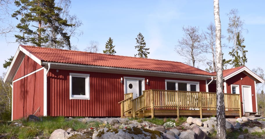 Newly built cottage in the archipelago