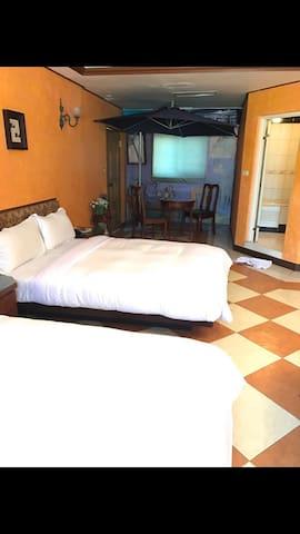輕鬆自在的隠居地!照片中是兩人房,若要加成4人房需加$800元喔