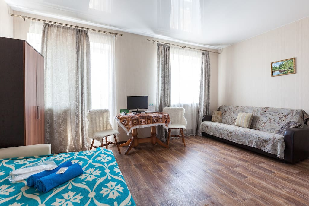 Nice big room for family in perlovka guest house for Chambre d hotes nice