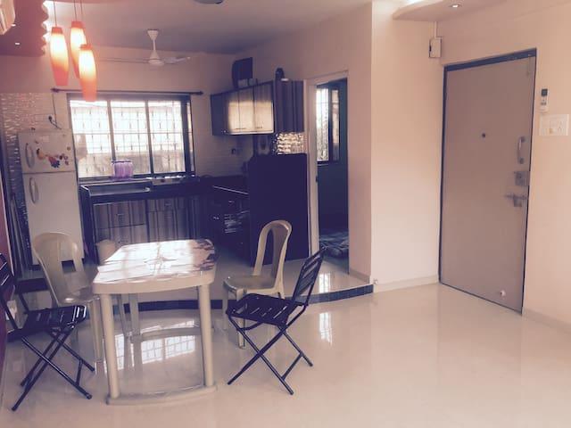 2 ROOM- BANDRA -BANDSTAND PRIVATE HEAVEN OF AN APT - Mumbai - Apartment