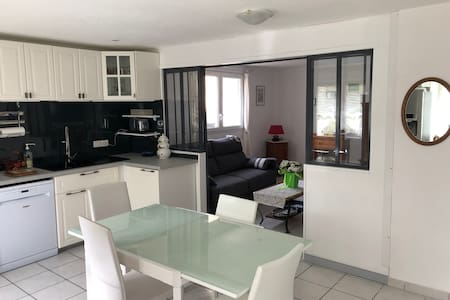 Nice comfortable and connected apartment in Delle