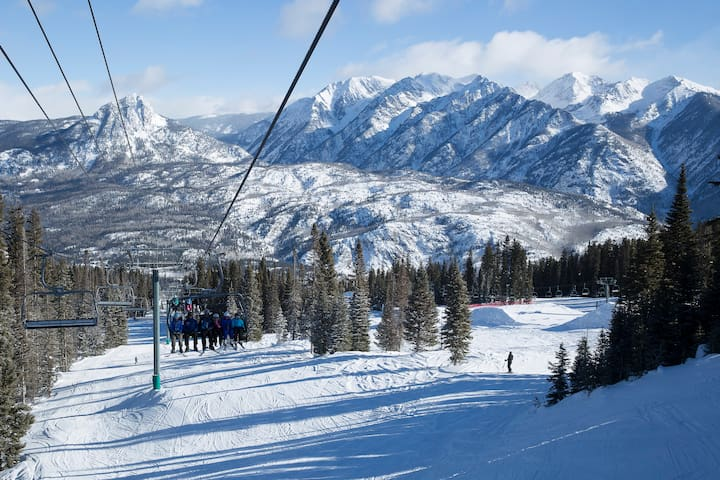 Purgatory Mtn has 6 pack lifts to facilitate the most skiing in the shortest time.
