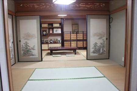 渚のゲストハウス「奄美ロングビーチ」 和室6畳 101号室