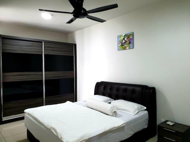 Room 2 upstair.
