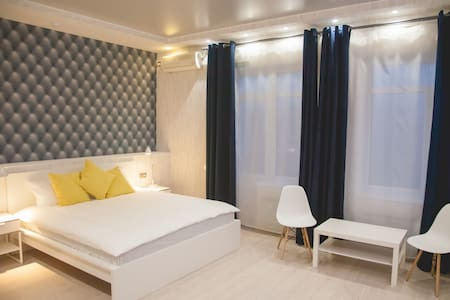 "Люкс c кроватью размера ""king-size"" - Taganrog - Hotel boutique"