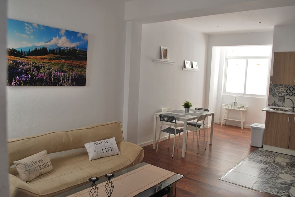 Piso c ntrico en almer a capital for rent in almer a for Pisos en almeria capital