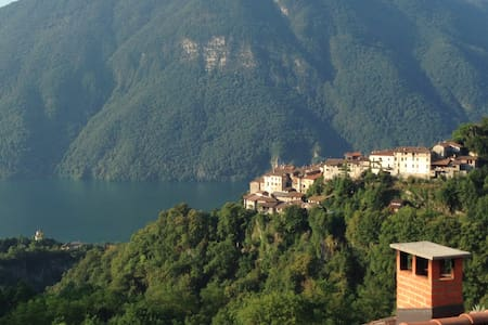 Lovely house on Lugano-Como Lake - Valsolda - 단독주택
