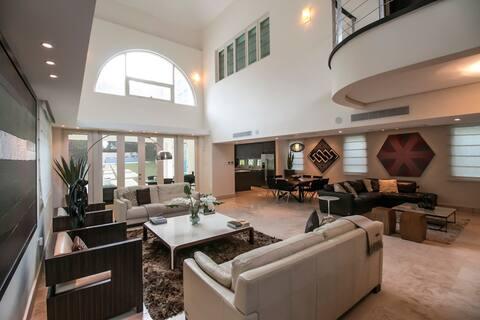 Dorado Beach East House inside 5 Star Ritz Resort