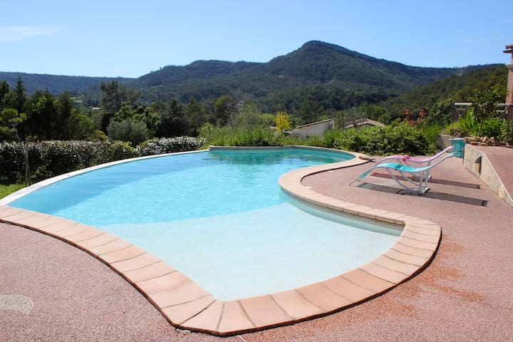 Villa with endless pool and beautiful view