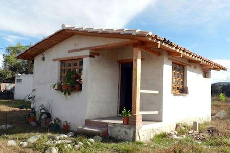 Casita con encanto rural en Huehuetenango - Huehuetenango