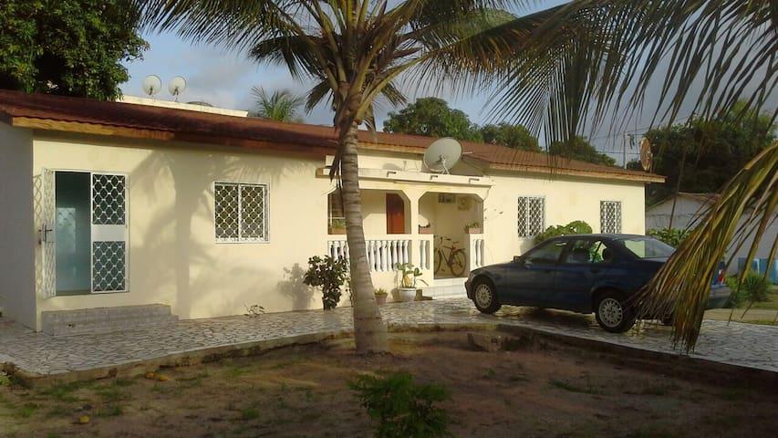 Kerr Serign Residence - Serrekunda - Apartment