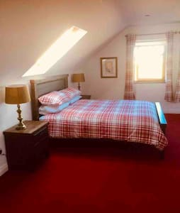 Binghamstown - Luxury King Suite