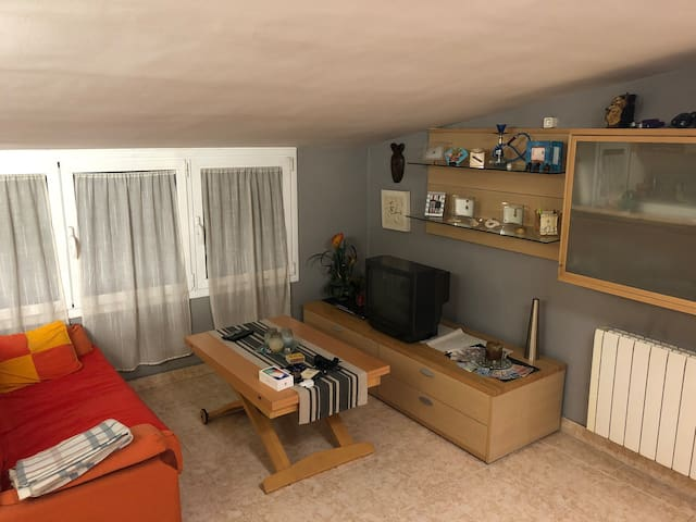 Cozy apartment in center of middle aged village !!